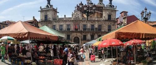 Mercado de los sábados - Plaza Mayor